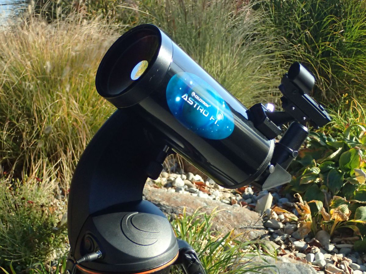 Best Telescopes for Beginners (Easy to Use) — 2019 Guide | Space