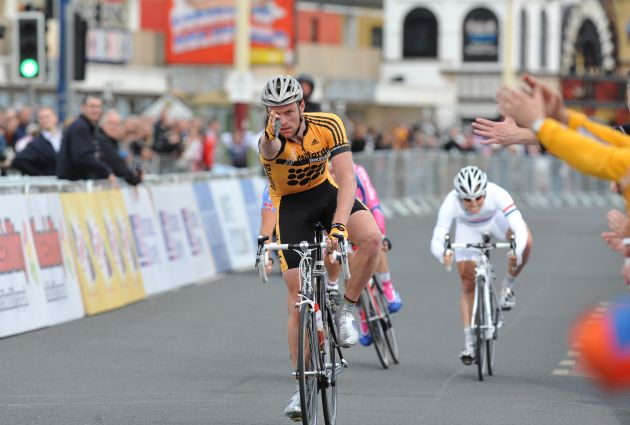 Hayles wins Blackpool