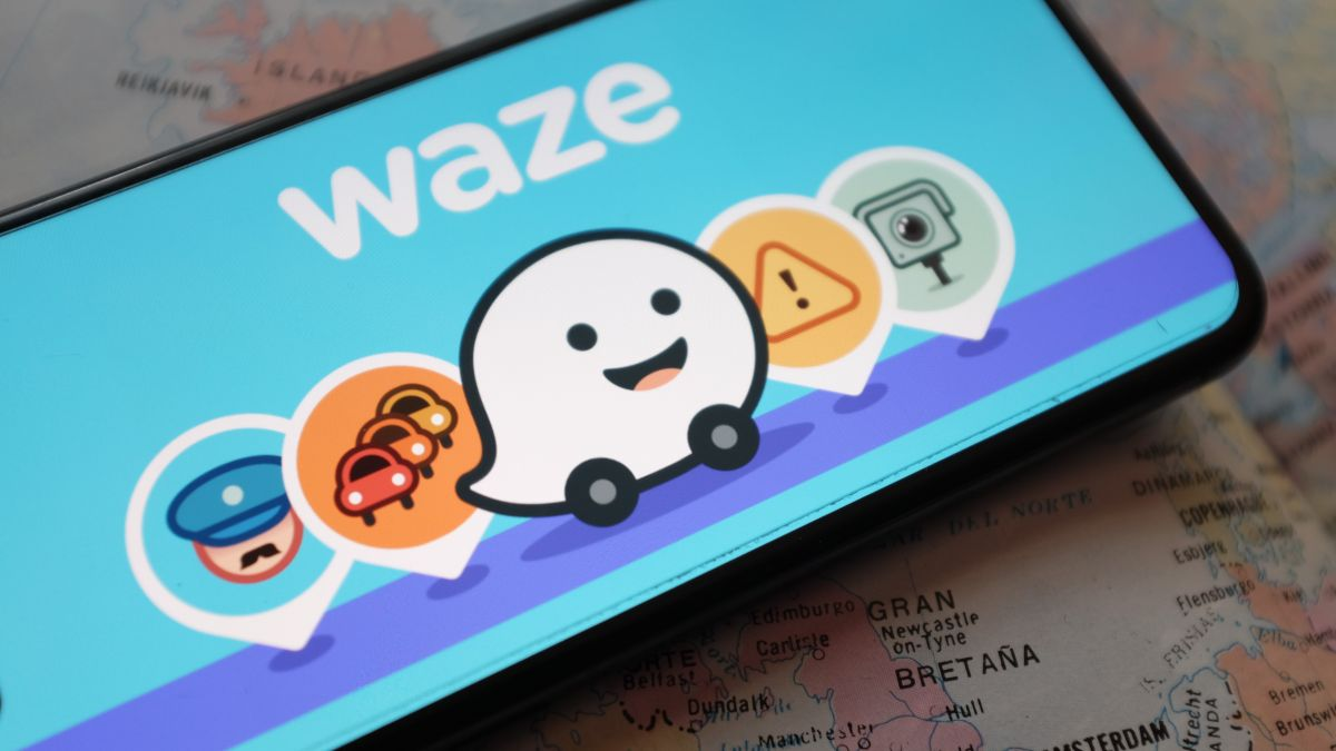 Waze is now a real alternative to Google Maps thanks to new lane guidance