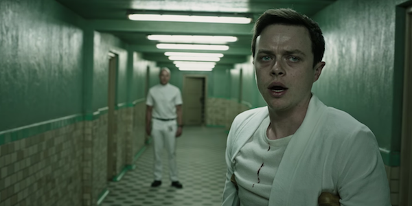 Dane DeHaan on crutches in A Cure For Wellness