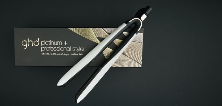 GHD straighteners: Platinum White Professional Styler Flat Iron with box
