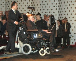 Stephen Hawking Onstage at Caltech Lecture