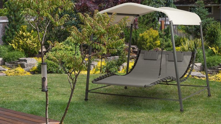 The best garden sun lounger: Blumfeldt Palermo Double Swing Lounger