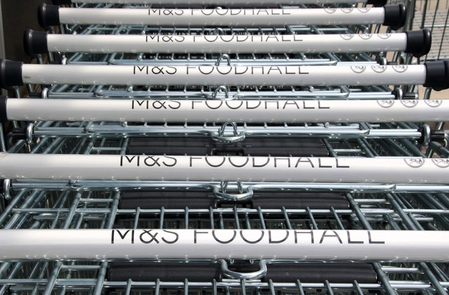marks spencer reduce plastic scheme food containers