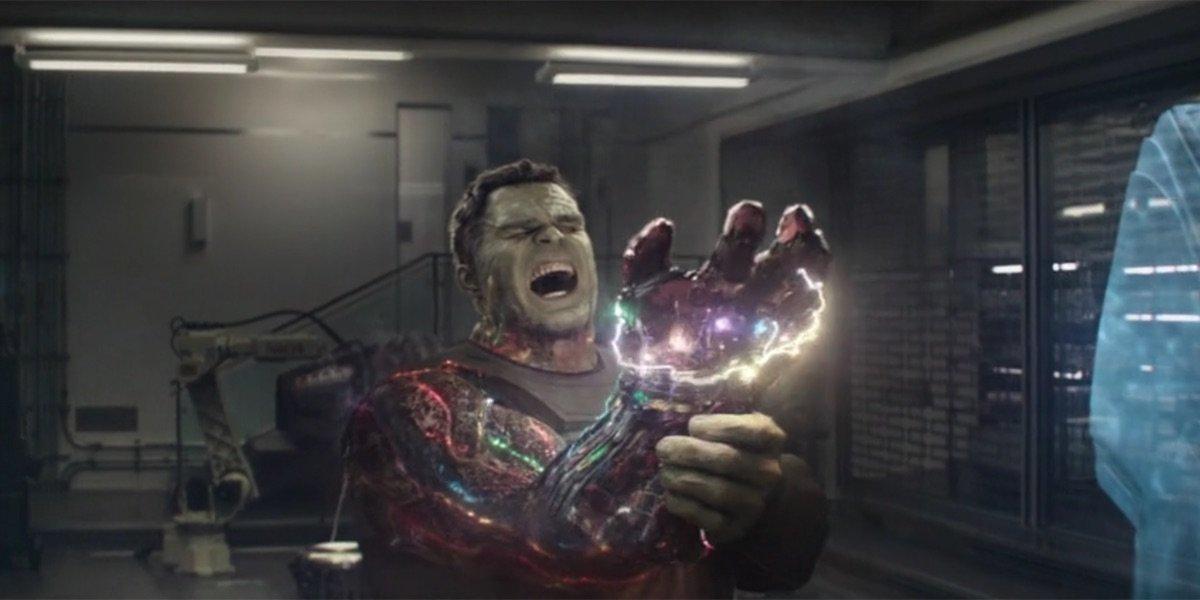 Hulk using Infinity Stones in Avengers: Endgame