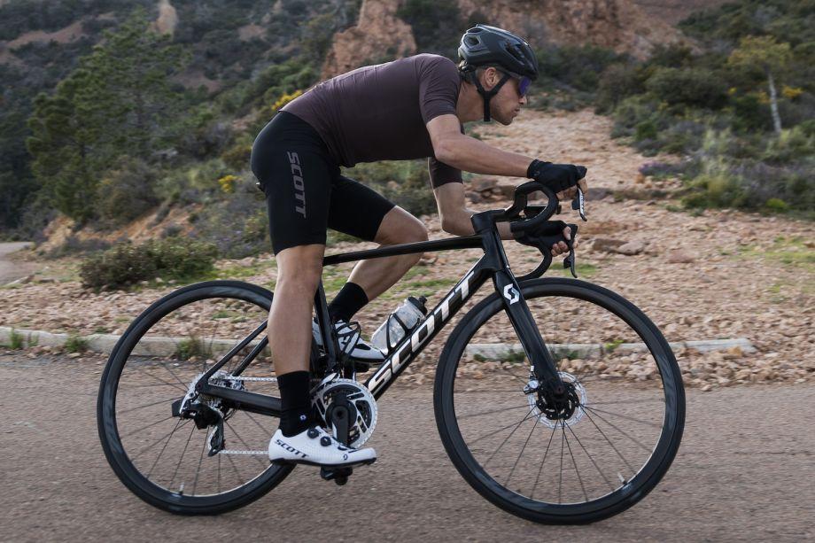 New Scott Addict RC: lighter, more aero and disc brake only