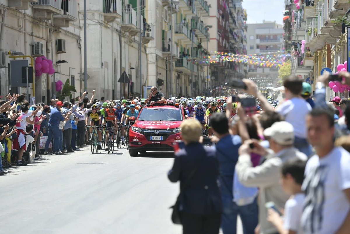 Photo: @giroditalia
