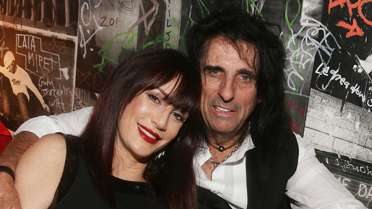 Alice Cooper denies 'suicide pact' with wife | Louder