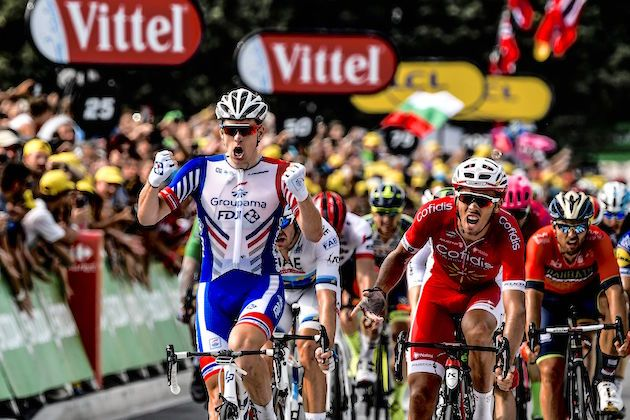 Arnaud Démare sprints to dominant victory on stage 18 of the 2018 Tour de  France 0d6e313a4