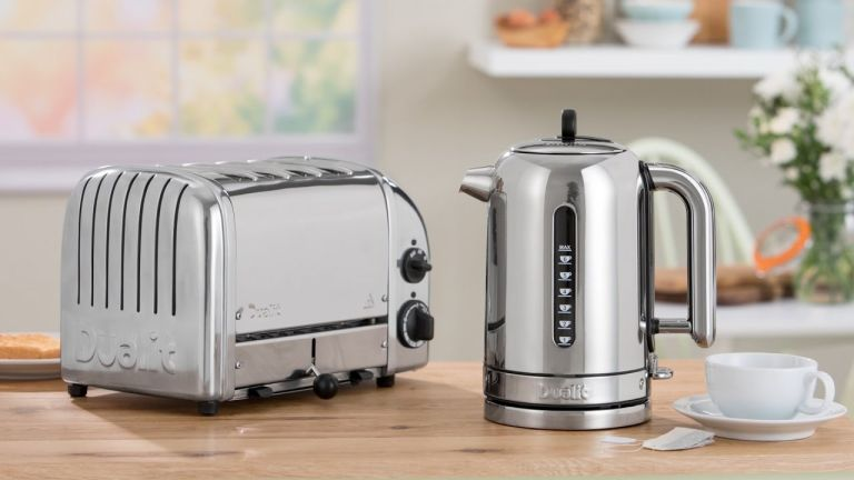 Best kettles: Dualit Classic Kettle