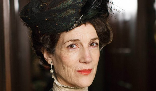 Harriet Walter Lady Shackleton on downton abbey