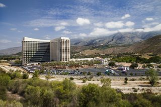 An Oasis of Experience: Harrah's Resort Southern California Makes an AV Upgrade