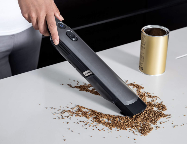 Home bargain of the day: Cordless vacuum cleaner by Shark
