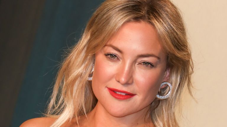 Catherine, Duchess of Cambridge Kate Hudson photography, Kate Hudson attends the 2020 Vanity Fair Oscar Party at Wallis Annenberg Center for the Performing Arts on February 09, 2020 in Beverly Hills, California.