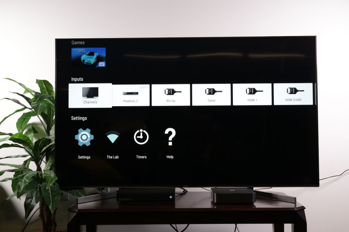 How to access the on-screen channel guide on a Sony TV