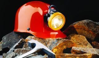 miner-hat-ax-100826-02