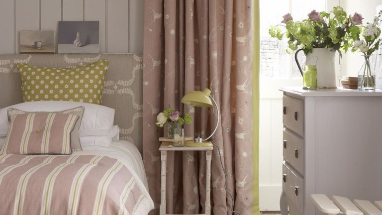 Curtains by Vanessa Arbuthnott