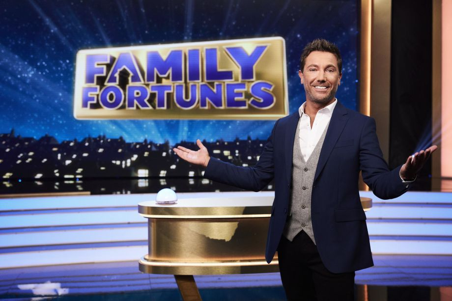 Gino DACampo hosts Family Fortunes