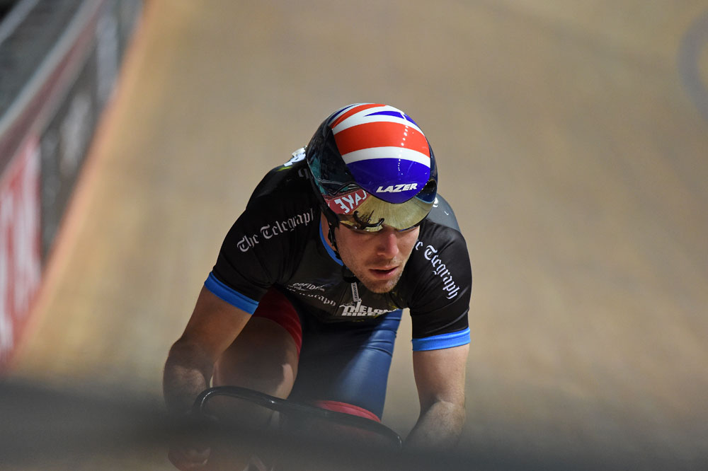 Mark Cavendish Back On Track At Revolution Series In