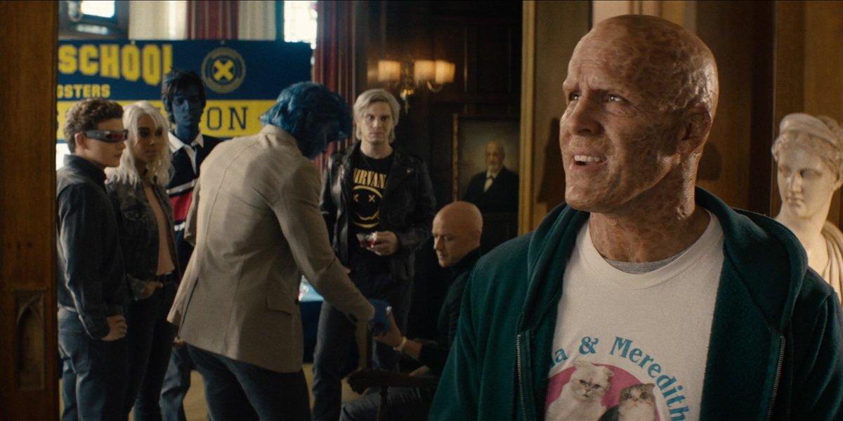 Ryan Reynolds as Deadpool with the X-Men in Deadpool 2