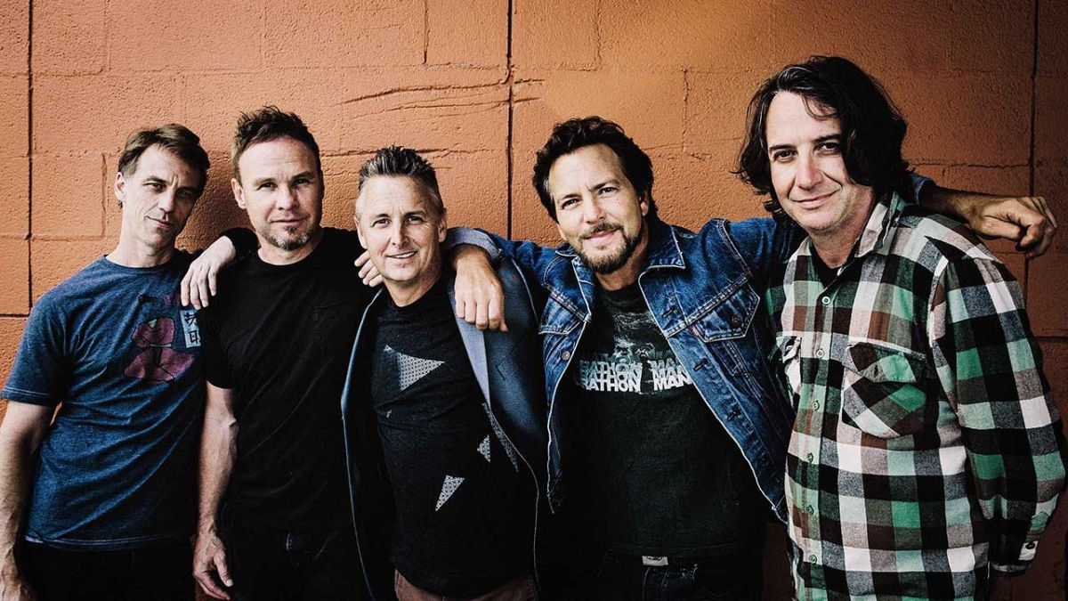 "Pearl Jam: Gigaton will have ""some really straight ahead rock songs"""