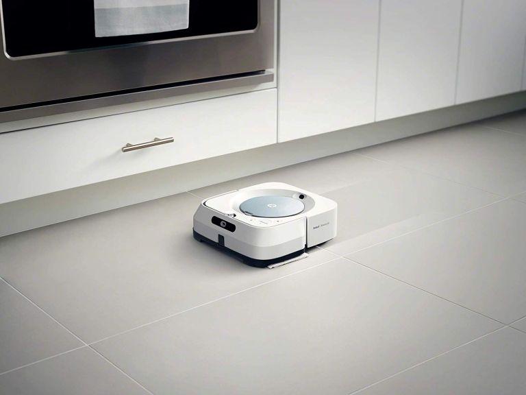 Best robot mop: iRobot Braava m6