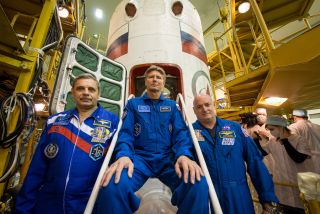 Kelly and Kornienko to ISS
