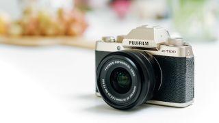 best Fujifilm X-T100 deals