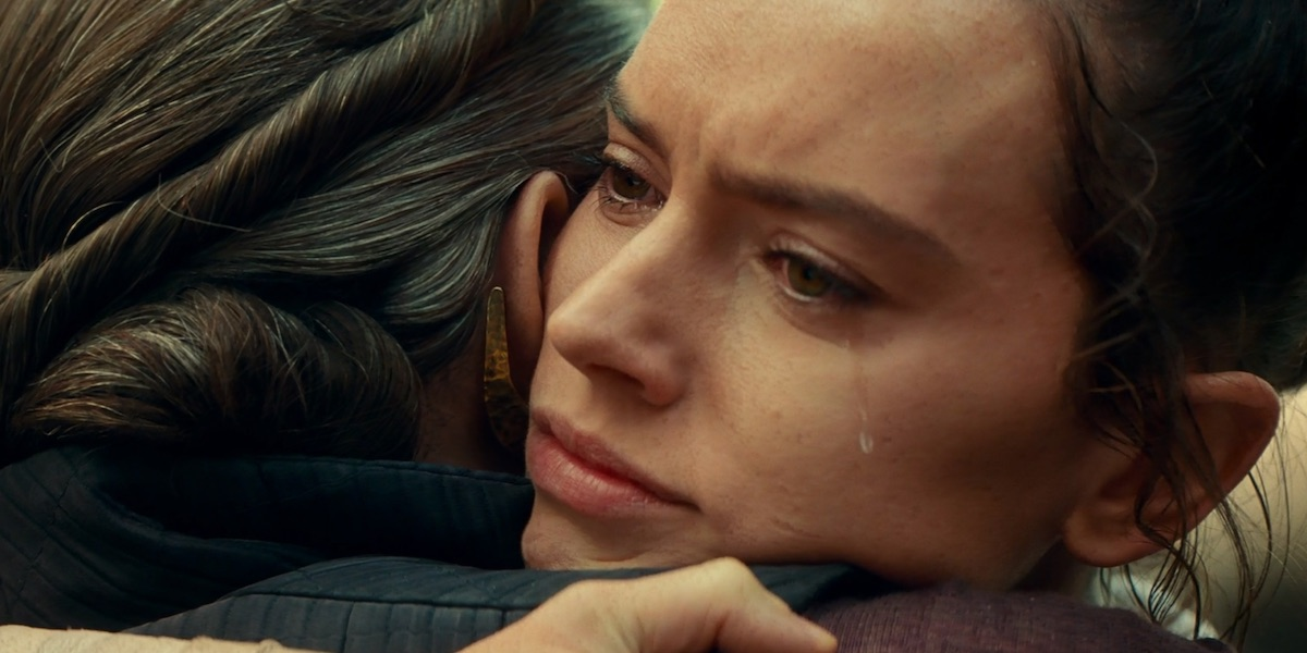 Rey crying in The Rise of Skywalker
