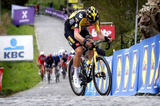 Ronde van Vlaanderen 2021 - Tour of Flanders - 105th Edition - Antwerp - Oudenaarde 263,7 km - 04/04/2021 - Wout Van Aert (BEL - Jumbo - Visma) - photo Tim van Wichelen/CV/BettiniPhoto©2021