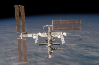 NASA Engineers Ponder Temporary ISS Power Loss