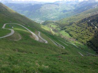 A view across the Col du Portet