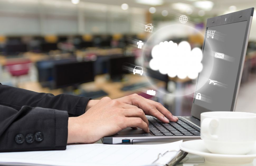 Web hosting trends: moving services to the cloud