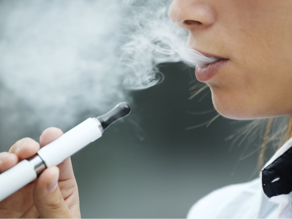 FDA Targets Mint-, Fruit-Flavored E-Cigarettes to Protect Young ...