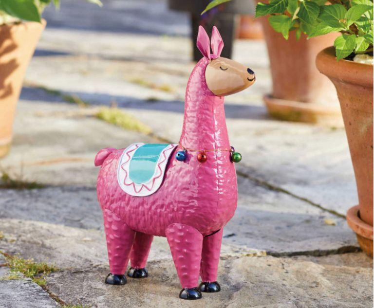 Aldi garden llama