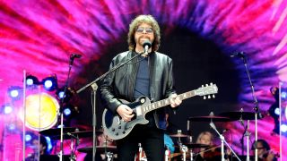 Jeff Lynne onstage at Glastonbury