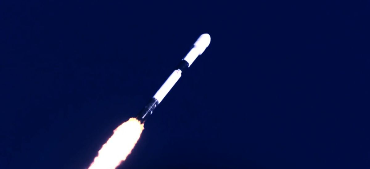SpaceX just launched 60 new Starlink internet satellites and nailed rocket landing at sea – Space.com