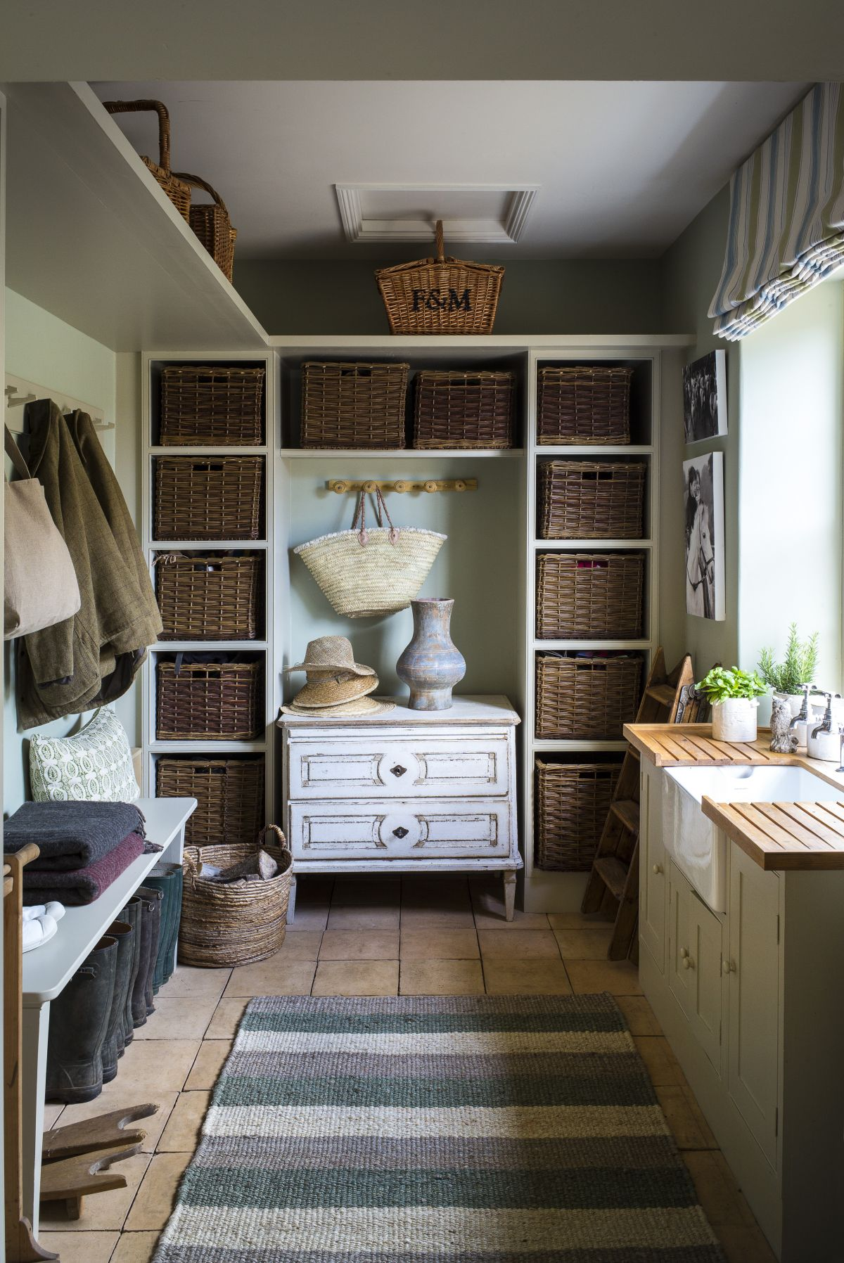 23 mudroom ideas – entryway decorating for an organized space