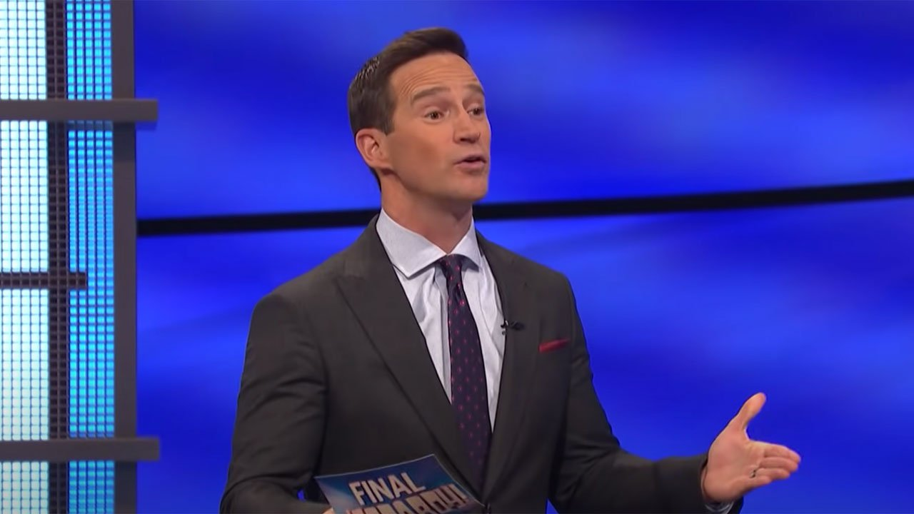 Jeopardy Fans Are Having A Weird Week As Mike Richards Kicks Off Season 38 Despite Exit From Show
