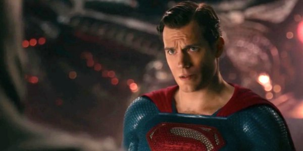 Justice League Superman stands inside of a Kryptonian spaceship