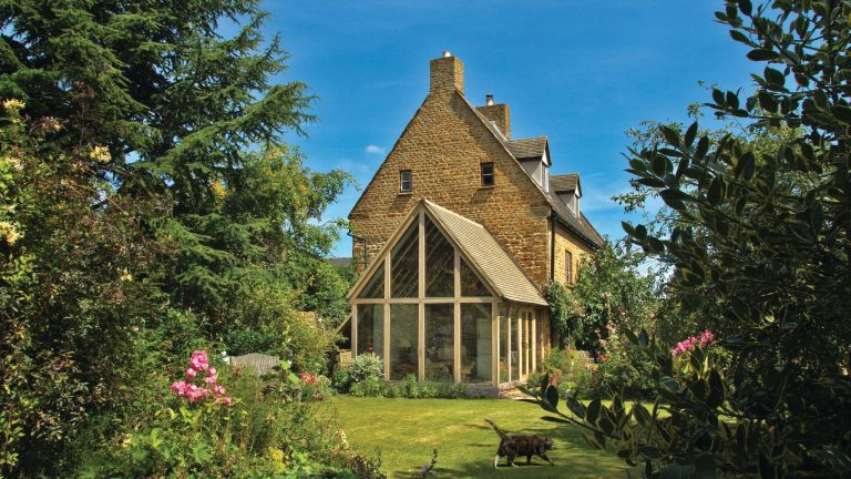 oak frame extension added to country cottage by prime oak