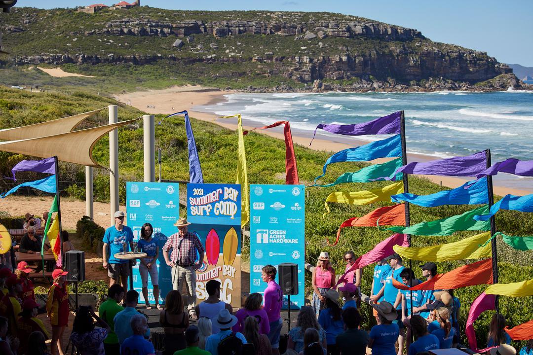 Summer Bay Surf Comp en casa y fuera