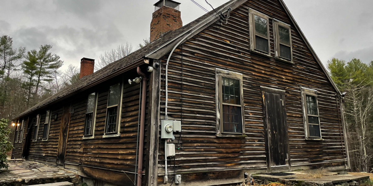 A Documentary Crew Stayed In The Conjuring House For Two Weeks, And They Still Feel 'Messed Up'