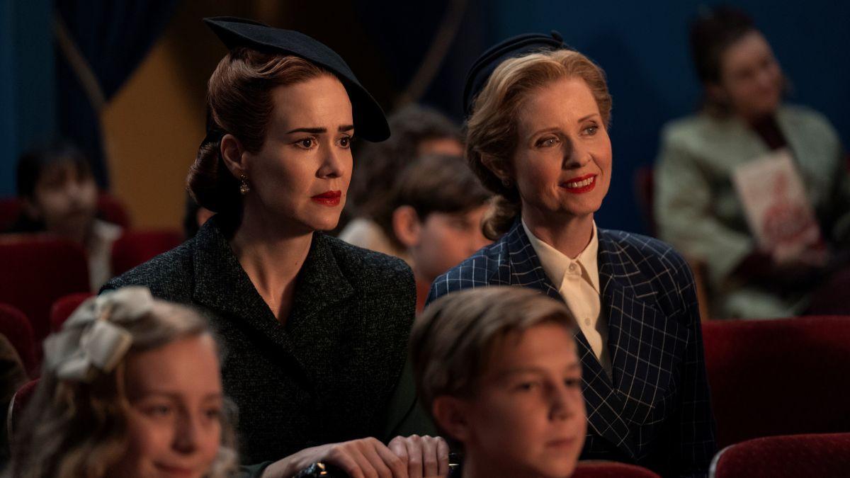 Best Netflix Uk Shows 30 Tv Series Worth Binge Watching Techradar