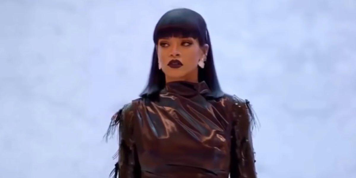 Rihanna in Love On The Brain