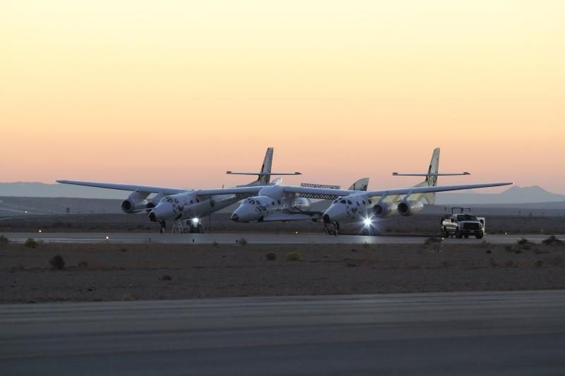 Virgin Galactic's SpaceShipTwo Crashes in Test Flight, 1