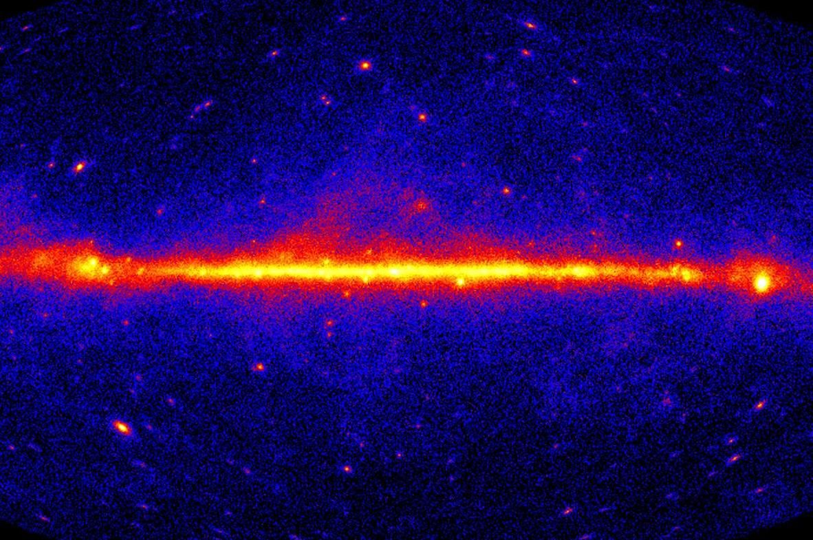 Self-destructing dark matter may be flooding the sky with gamma rays, study suggests