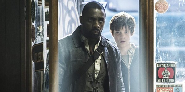 The Dark Tower Roland and Jake enter the gun shop through a well lit doorway