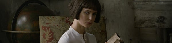 Katherine Waterston as Tina Goldstein in Fantastic Beasts The Crimes of Gridelwald