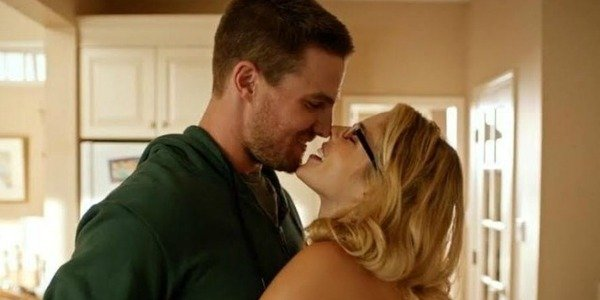 arrow season 4 olicity kiss